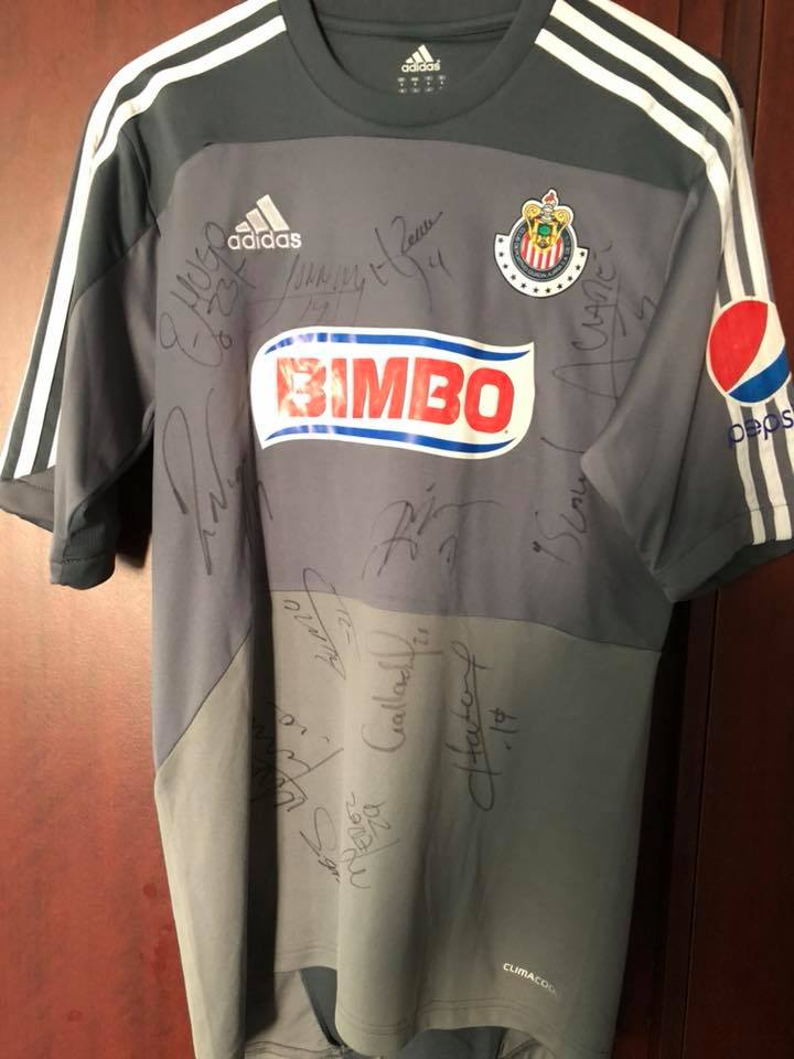 d414c0e82 Chivas de Guadalajara Goalkeeper camisa de futebol 2011 - 2012 ...