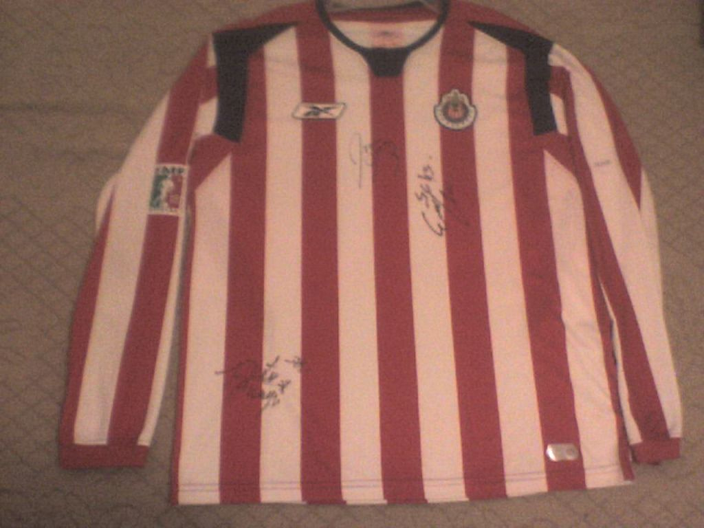 833c873ae Chivas de Guadalajara Home Maillot de foot 2005 - 2006.
