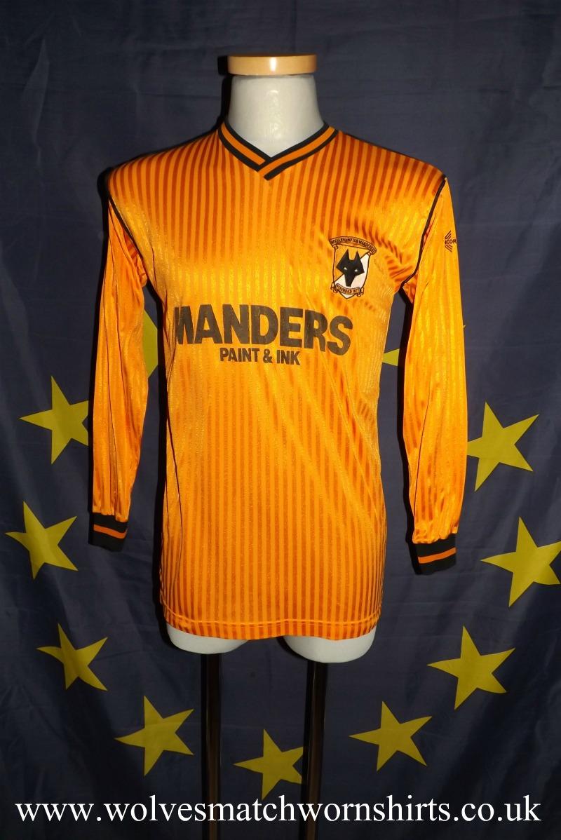 f8e703b7357 Wolverhampton Wanderers Home maglia di calcio 1988 - 1989. Sponsored ...