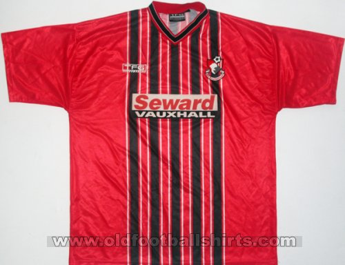 Bournemouth Home baju bolasepak 2001 - 2002