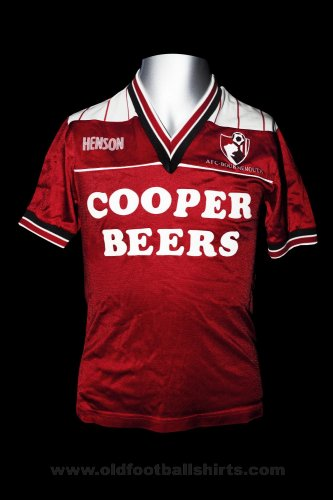Bournemouth Home baju bolasepak 1986 - 1987