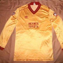 Bournemouth Away camisa de futebol 1983 - 1985 sponsored by Heynes Toyota