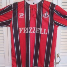 Bournemouth Home camisa de futebol 1996 - 1997 sponsored by Frizzell