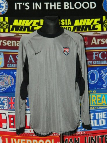 USA Goalkeeper football shirt 2001 - 2002
