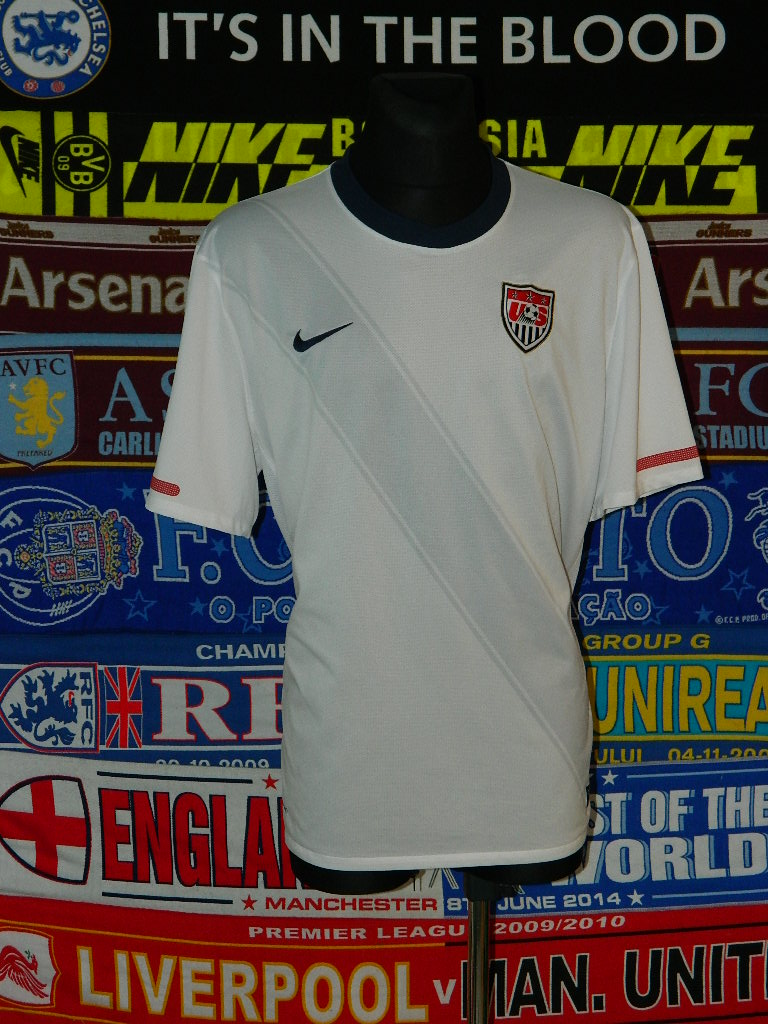 d5773b17d1b USA Home Maillot de foot 2010 - 2011.