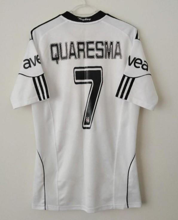 Besiktas domicile maillot de foot 2010 2011 ajout 2012 for Exterieur quaresma