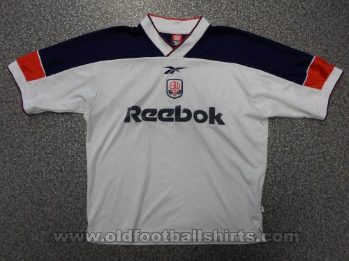 Bolton Home football shirt 1999 - 2001