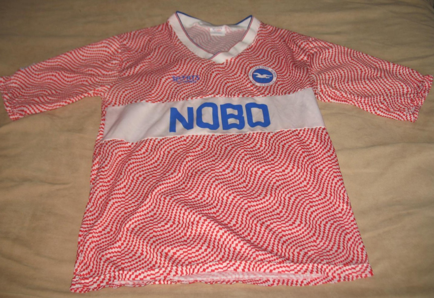 Brighton hove albion ext rieur maillot de foot 1989 for Maillot exterieur