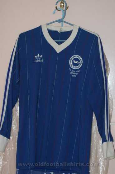 Brighton & Hove Albion Cup Shirt football shirt 1983