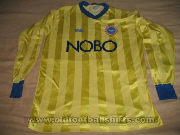 Brighton & Hove Albion Away football shirt 1987 - 1989
