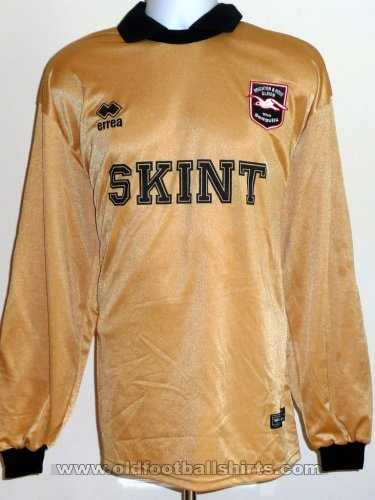 Brighton & Hove Albion Goalkeeper football shirt 2002 - 2004