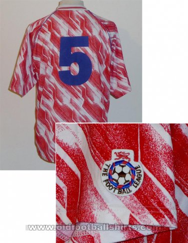 Brighton & Hove Albion Away football shirt 1991 - 1993