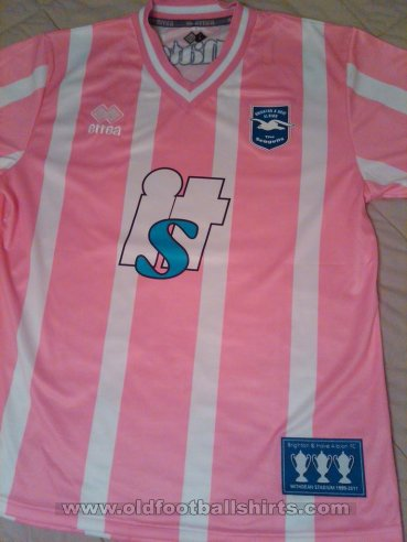 Brighton & Hove Albion Special football shirt 2010 - 2011