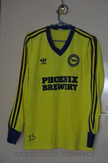 Brighton & Hove Albion Third football shirt 1984 - 1985