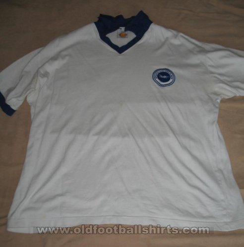 Brighton & Hove Albion Retro Replicas חולצת כדורגל 1975 - 1977
