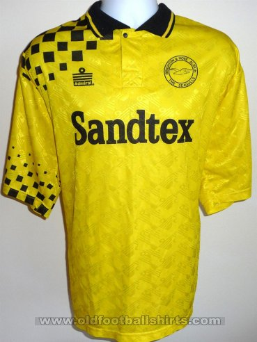Brighton & Hove Albion Third football shirt 1994 - 1997
