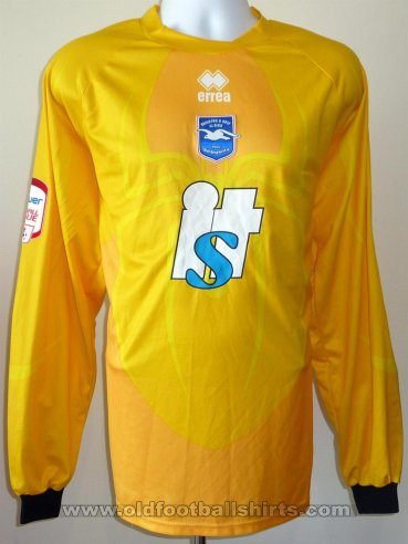 Brighton & Hove Albion Goalkeeper football shirt 2010 - 2011