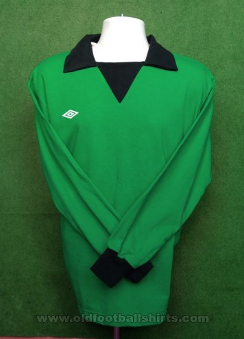 Brighton & Hove Albion Retro Replicas football shirt 1975 - 1977