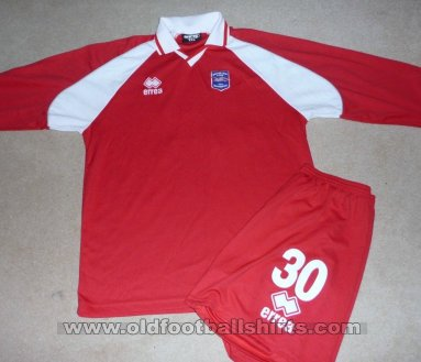 Brighton & Hove Albion Training/Leisure football shirt 1999 - 2000