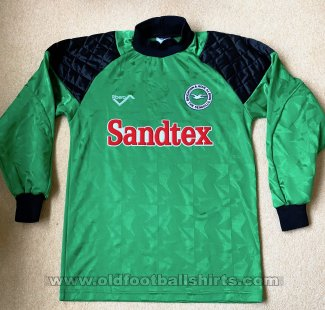 Brighton & Hove Albion Goalkeeper football shirt 1993 - 1994