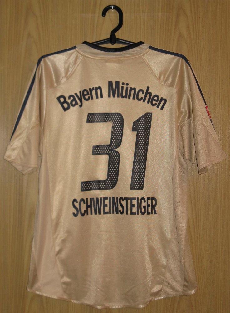new arrival d9bce 9d8fd Bayern Munich Away football shirt 2004 - 2005. Sponsored by ...