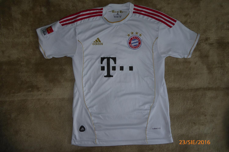 new product faf27 6b482 Bayern Munich Goalkeeper football shirt 2011 - 2012 ...