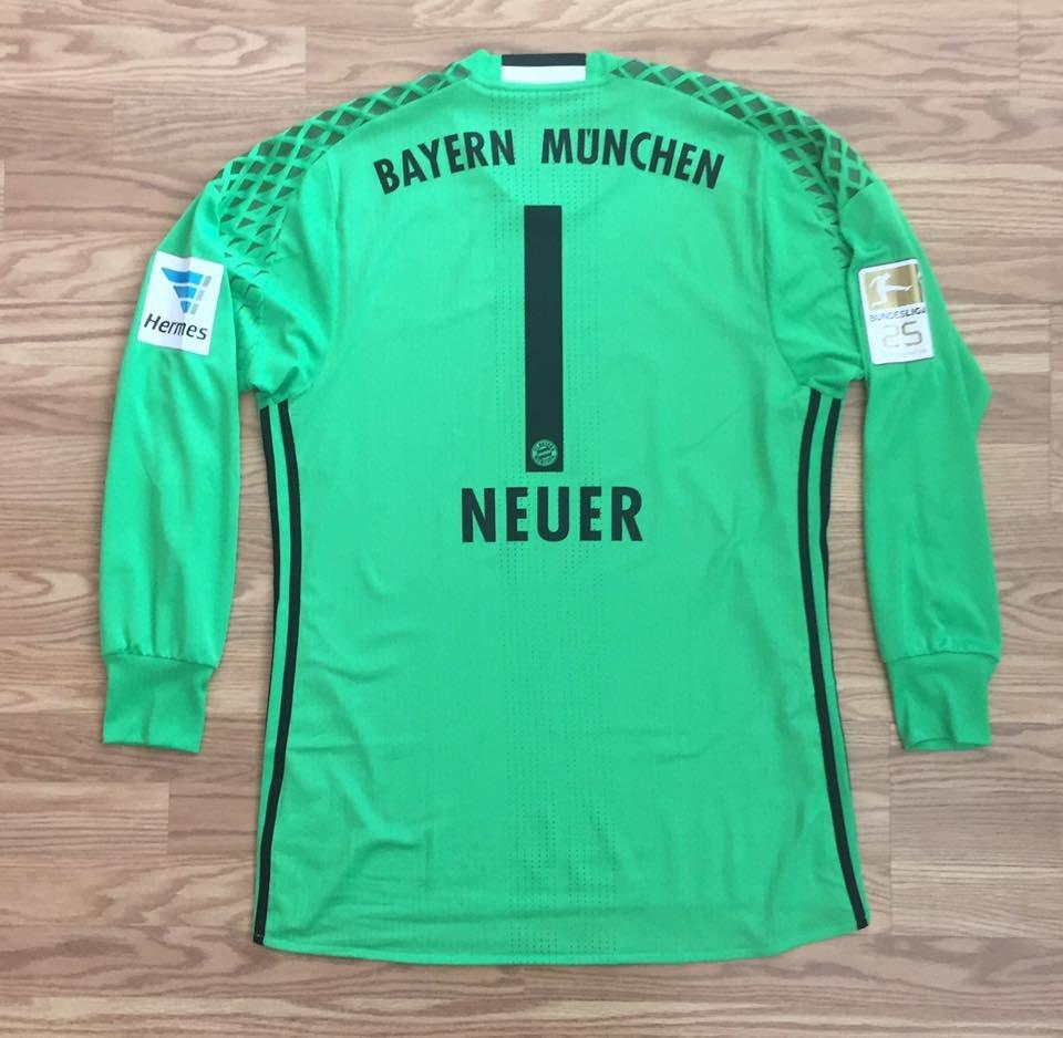 best service 3d2c6 6fbdb Bayern Munich Goalkeeper חולצת כדורגל 2016 - 2017. Sponsored ...