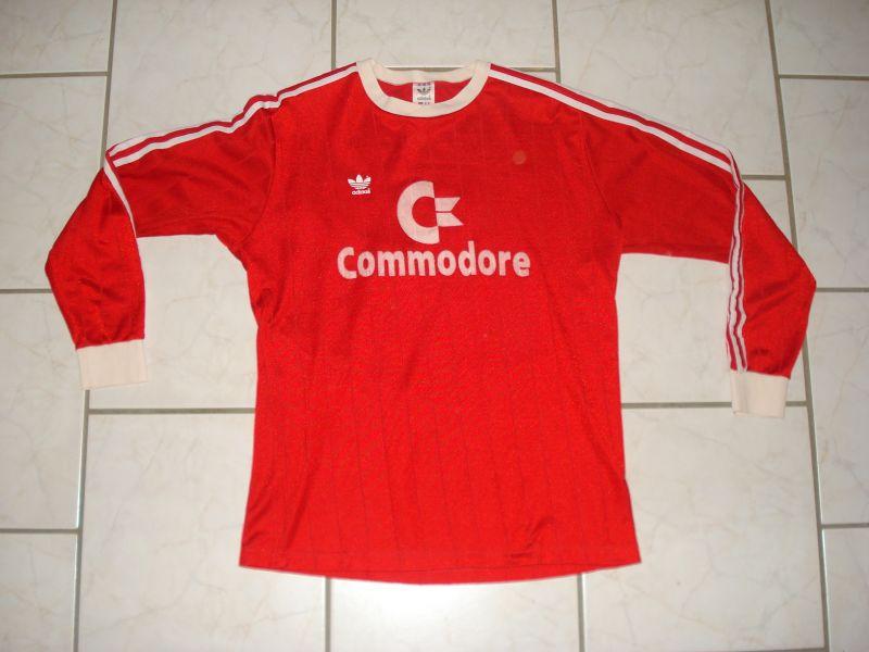 Bayern Munich Home maglia di calcio 1988 - 1989. Sponsored by ...