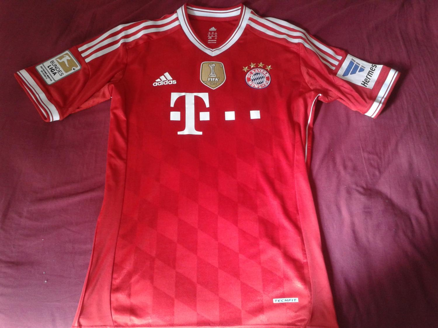 1c492cd99 Bayern Munich Home football shirt 2013 - 2014. Sponsored by Deutsche ...