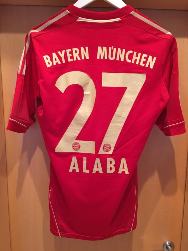 Bayern Munich Home maglia di calcio 2012 - 2013. Sponsored by ...