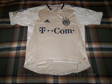 Bayern Munich Away football shirt 2004 - 2005