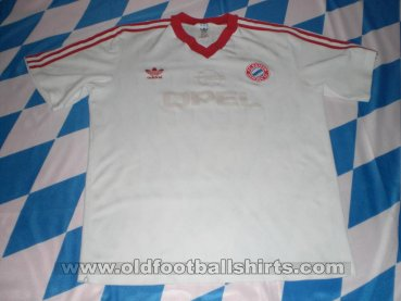 Bayern Munich Away football shirt 1989 - 1990