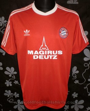 Bayern Munich Retro Replicas football shirt 1980