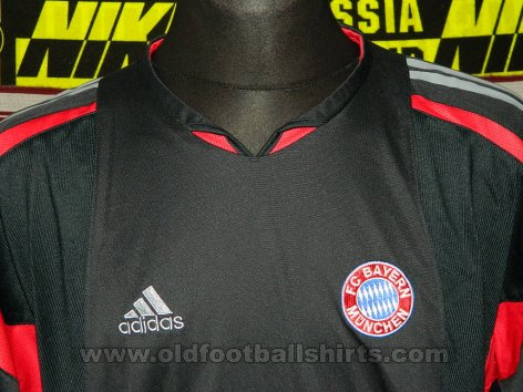 Bayern Munich Away football shirt 2003 - 2004