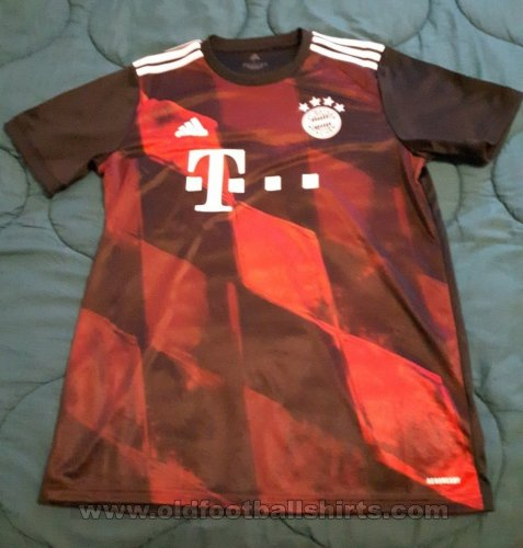 Bayern Munich Third football shirt 2020 - 2021