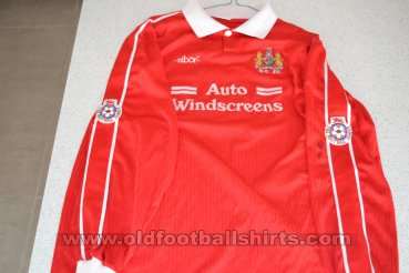 Bristol City Home baju bolasepak 1994 - 1996