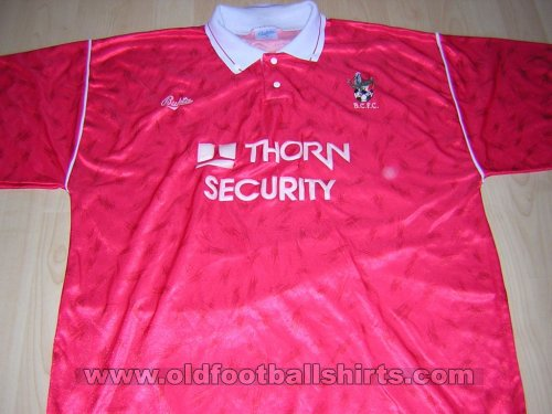 Bristol City Home baju bolasepak 1990 - 1992