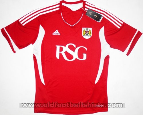 Bristol City Home baju bolasepak 2011 - 2012