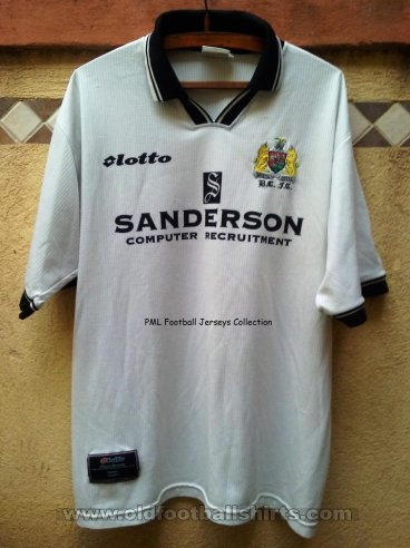 Bristol City Away baju bolasepak 1996 - 1997