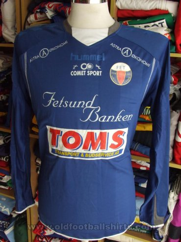 Fet IL Home football shirt (unknown year)