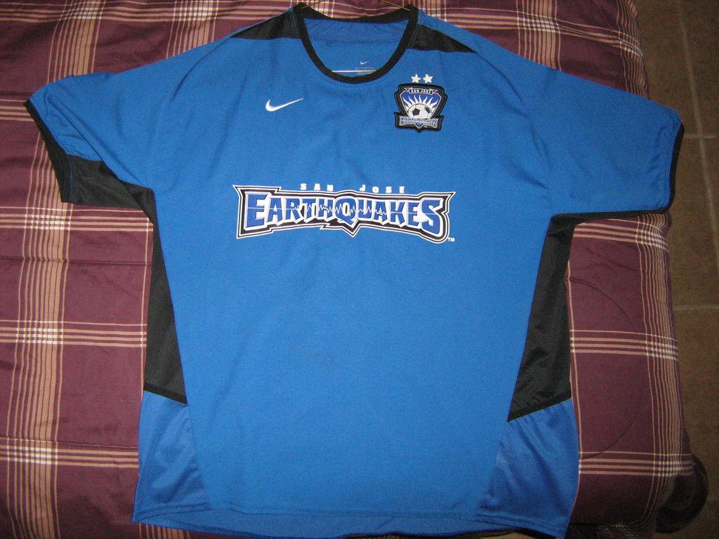 buy online 2404c 5c12d San Jose Earthquakes Home camisa de futebol 2002 - 2004.