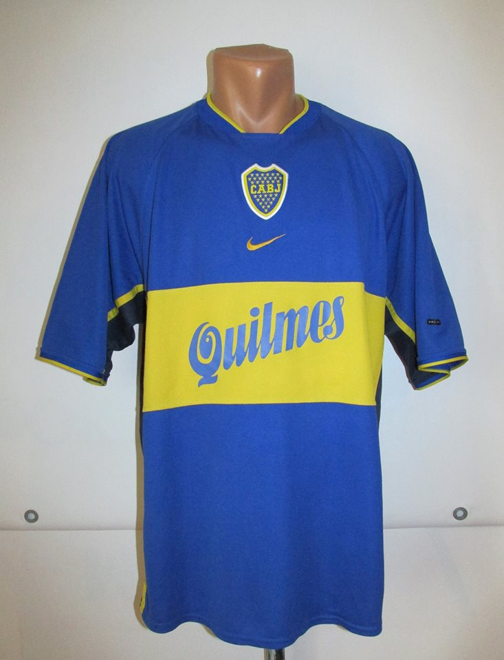 new product 267ca 5d918 Boca Juniors Home football shirt 2001. Sponsored by Quilmes