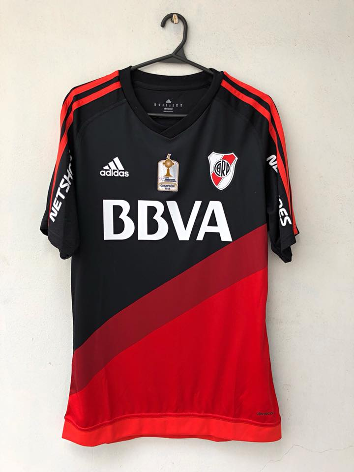fff3e6042 River Plate Away camisa de futebol 2016 - 2017. Sponsored by BBVA