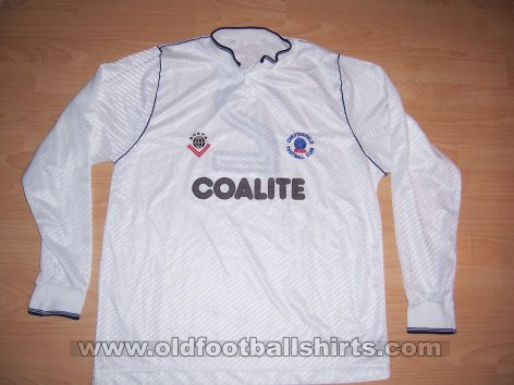 Chesterfield Third baju bolasepak 1989 - 1990