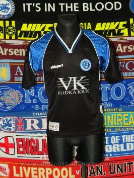 Chesterfield Away baju bolasepak 2003 - 2004