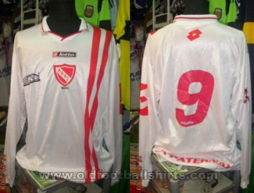 Argentinos Juniors Away football shirt 2003 - ?