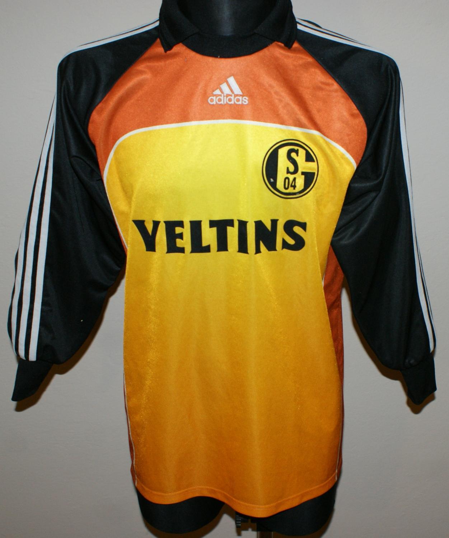 2dba3cd32 FC Schalke 04 Goalkeeper maglia di calcio 2000 - 2001. Sponsored by ...