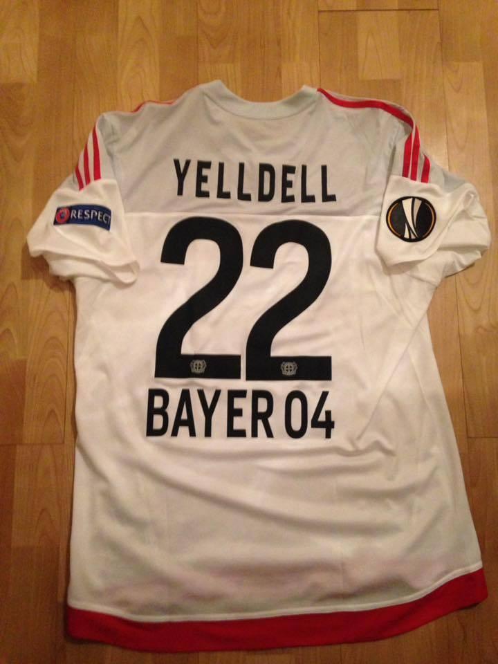 Bayer 04 Leverkusen Portiere maglia di calcio 2015 - 2016 ...