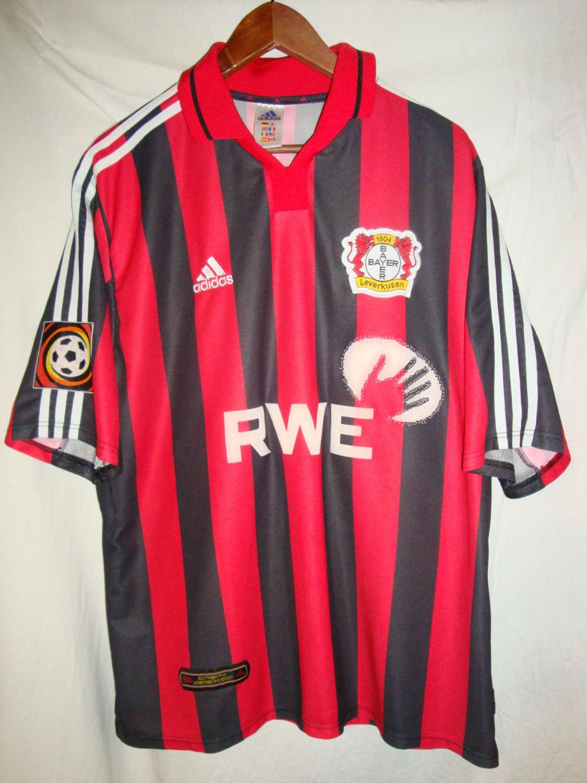 completo calcio Bayer 04 Leverkusen nuova