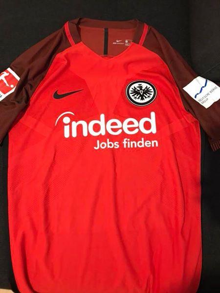 9b7b3aaee8 Eintracht Frankfurt Third Camiseta de Fútbol 2017 - 2018. Sponsored ...